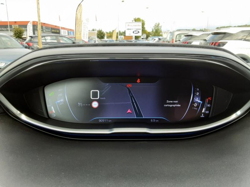 Photo 9 de l'offre de PEUGEOT 3008 1.6 BlueHDi 120ch SetS BVM6 Allure à 20500€ chez Centrale auto marché Périgueux