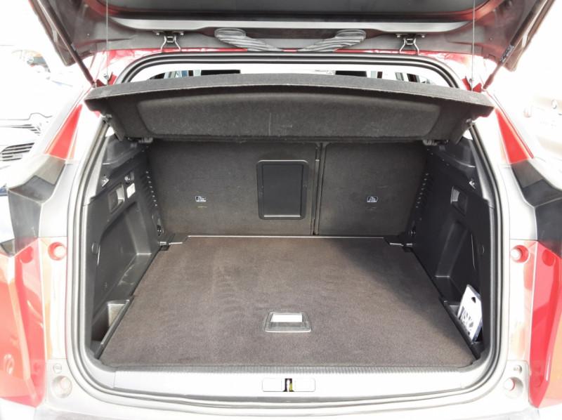 Photo 19 de l'offre de PEUGEOT 3008 1.6 BlueHDi 120ch SetS BVM6 Allure à 20500€ chez Centrale auto marché Périgueux