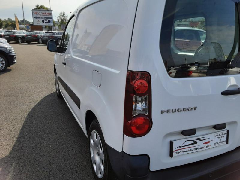 Photo 3 de l'offre de PEUGEOT PARTNER 1.6 BLUEHDI 100 SetS BVM5 PREMIUM PACK à 11990€ chez Centrale auto marché Périgueux