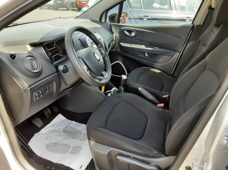 Photo 13 de l'offre de RENAULT CAPTUR dCi 90 Energy Business  à 11900€ chez Centrale auto marché Périgueux