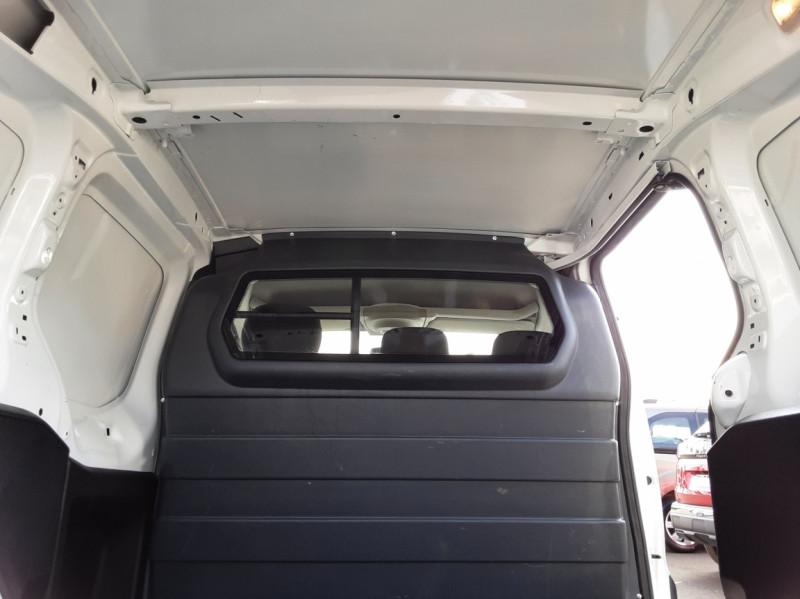 Photo 9 de l'offre de PEUGEOT PARTNER 1.6 BLUEHDI 100 SetS BVM5 PREMIUM PACK à 11990€ chez Centrale auto marché Périgueux