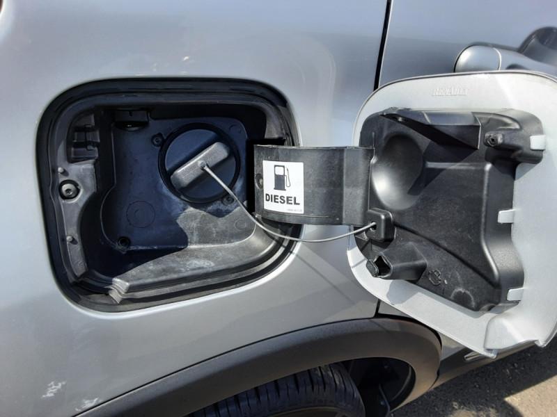 Photo 37 de l'offre de RENAULT CAPTUR dCi 90 Energy Business  à 11900€ chez Centrale auto marché Périgueux