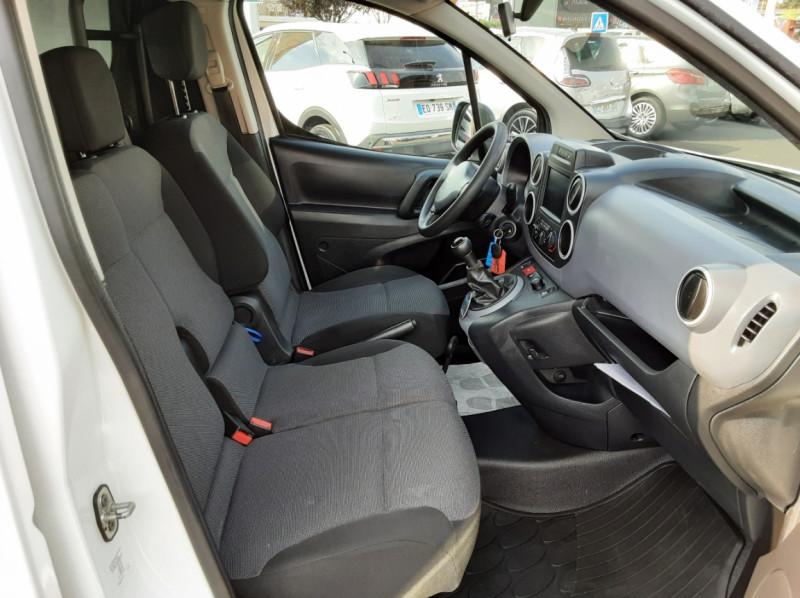 Photo 27 de l'offre de PEUGEOT PARTNER 1.6 BLUEHDI 100 SetS BVM5 PREMIUM PACK à 11990€ chez Centrale auto marché Périgueux