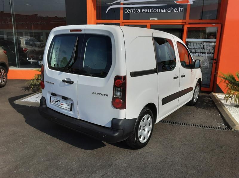 Photo 2 de l'offre de PEUGEOT PARTNER 1.6 BLUEHDI 100 SetS BVM5 PREMIUM PACK à 11990€ chez Centrale auto marché Périgueux