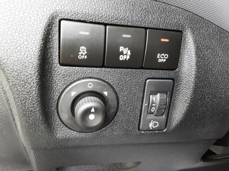 Photo 28 de l'offre de PEUGEOT PARTNER 1.6 BLUEHDI 100 SetS BVM5 PREMIUM PACK à 11990€ chez Centrale auto marché Périgueux