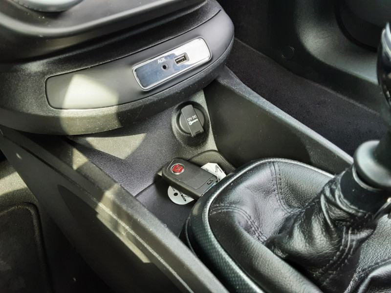 Photo 27 de l'offre de FIAT 500X 1.6 MultiJet 120 ch Popstar à 12500€ chez Centrale auto marché Périgueux