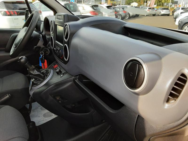 Photo 50 de l'offre de PEUGEOT PARTNER 1.6 BLUEHDI 100 SetS BVM5 PREMIUM PACK à 11990€ chez Centrale auto marché Périgueux