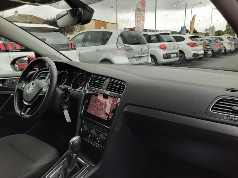 Photo 11 de l'offre de VOLKSWAGEN GOLF 2.0 TDI 150 BMT DSG7 Confortline à 20500€ chez Centrale auto marché Périgueux