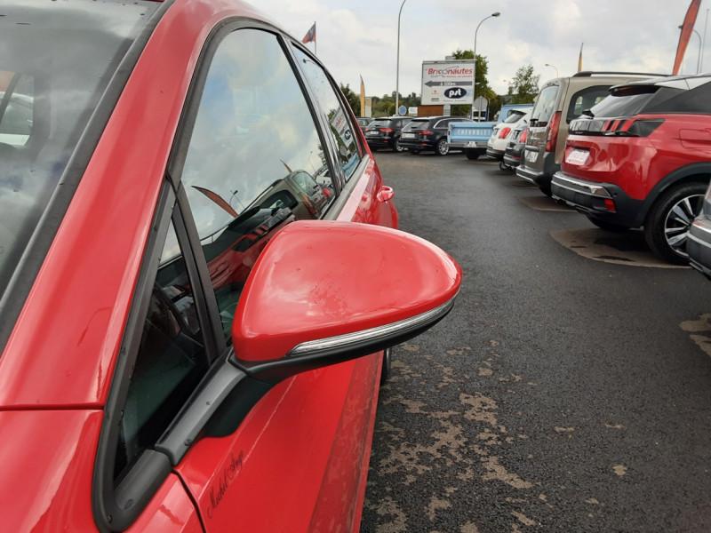 Photo 40 de l'offre de VOLKSWAGEN GOLF 2.0 TDI 150 BMT DSG7 Confortline à 20500€ chez Centrale auto marché Périgueux