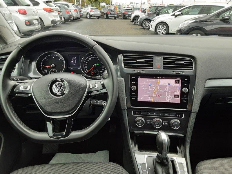 Photo 8 de l'offre de VOLKSWAGEN GOLF 2.0 TDI 150 BMT DSG7 Confortline à 20500€ chez Centrale auto marché Périgueux