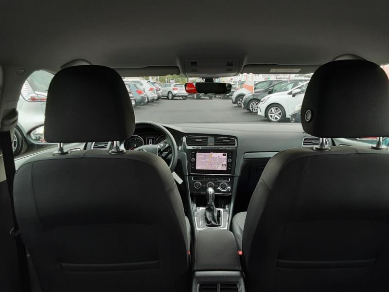 Photo 24 de l'offre de VOLKSWAGEN GOLF 2.0 TDI 150 BMT DSG7 Confortline à 20500€ chez Centrale auto marché Périgueux