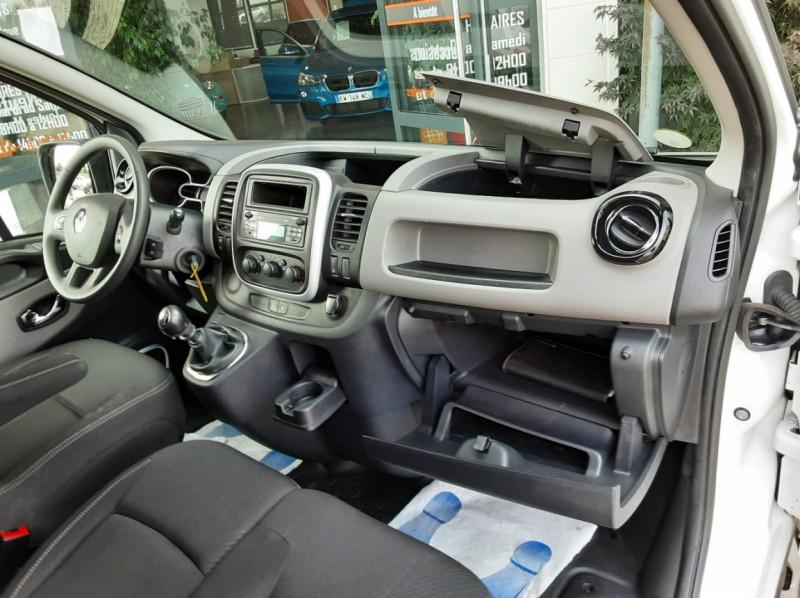 Photo 42 de l'offre de RENAULT TRAFIC CA L1H1 1000 KG DCI 120 E6 GRAND CONFORT  à 16900€ chez Centrale auto marché Périgueux