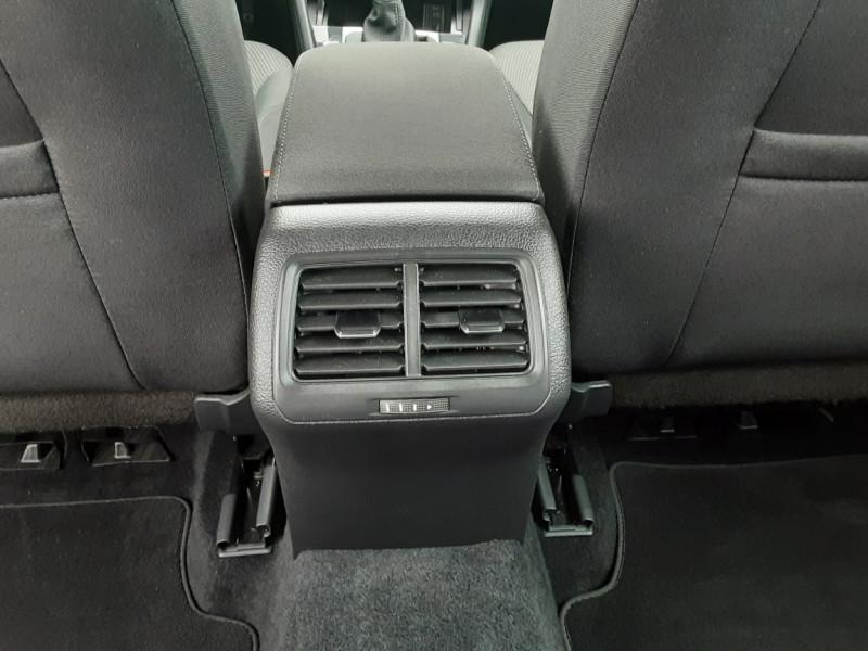 Photo 37 de l'offre de VOLKSWAGEN GOLF 2.0 TDI 150 BMT DSG7 Confortline à 20500€ chez Centrale auto marché Périgueux