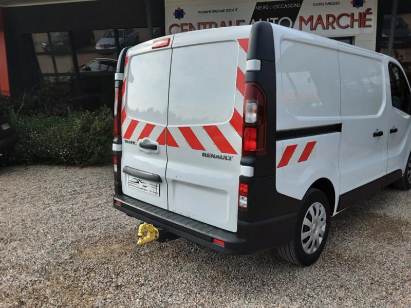 Photo 29 de l'offre de RENAULT TRAFIC CA L1H1 1000 KG DCI 120 E6 GRAND CONFORT  à 16900€ chez Centrale auto marché Périgueux