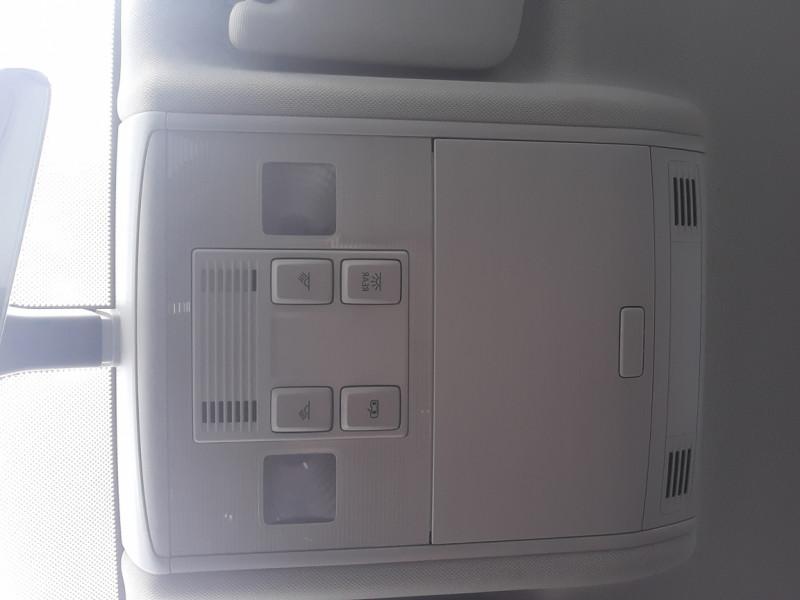 Photo 26 de l'offre de VOLKSWAGEN GOLF 2.0 TDI 150 BMT DSG7 Confortline à 20500€ chez Centrale auto marché Périgueux