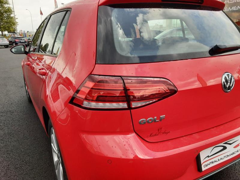 Photo 6 de l'offre de VOLKSWAGEN GOLF 2.0 TDI 150 BMT DSG7 Confortline à 20500€ chez Centrale auto marché Périgueux