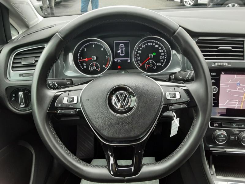 Photo 9 de l'offre de VOLKSWAGEN GOLF 2.0 TDI 150 BMT DSG7 Confortline à 20500€ chez Centrale auto marché Périgueux