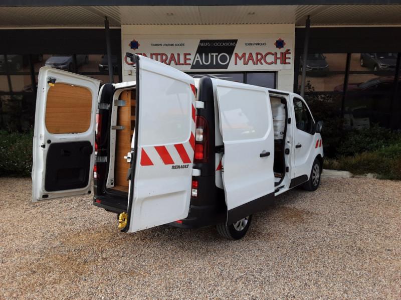 Photo 39 de l'offre de RENAULT TRAFIC CA L1H1 1000 KG DCI 120 E6 GRAND CONFORT  à 16900€ chez Centrale auto marché Périgueux