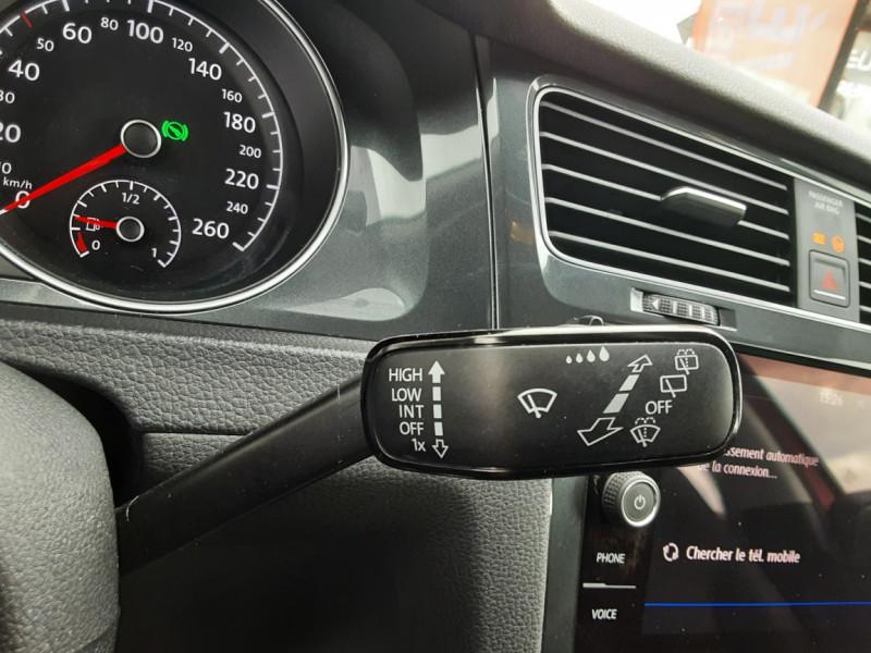 Photo 31 de l'offre de VOLKSWAGEN GOLF 2.0 TDI 150 BMT DSG7 Confortline à 20500€ chez Centrale auto marché Périgueux