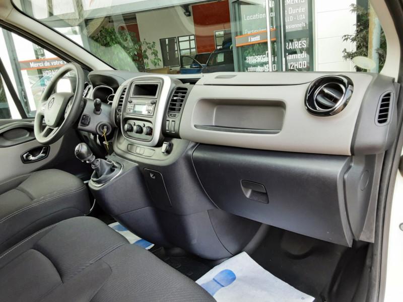 Photo 24 de l'offre de RENAULT TRAFIC CA L1H1 1000 KG DCI 120 E6 GRAND CONFORT  à 16900€ chez Centrale auto marché Périgueux