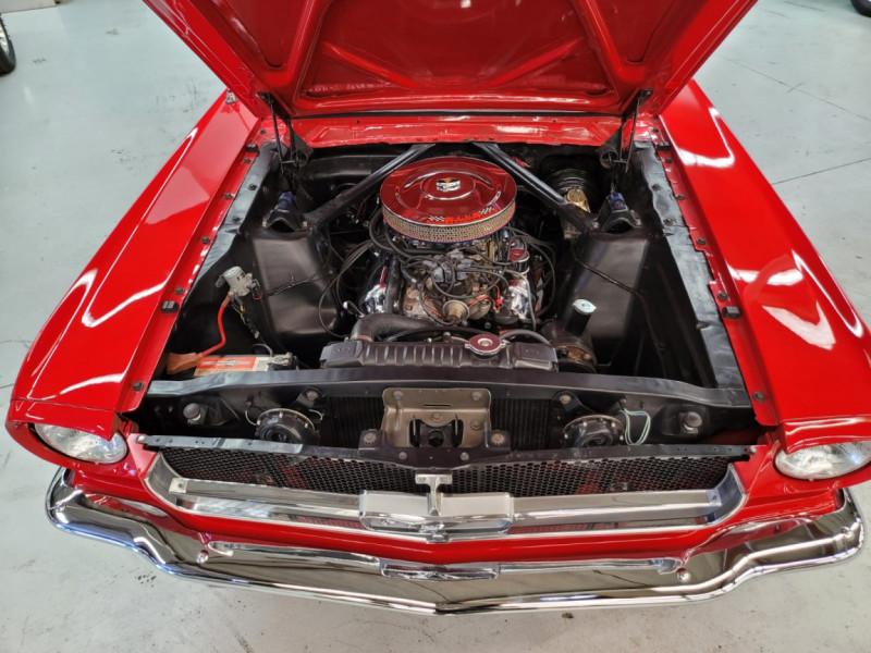 Photo 11 de l'offre de FORD MUSTANG FASTBACK 289 CI V8 à 65000€ chez Centrale auto marché Périgueux