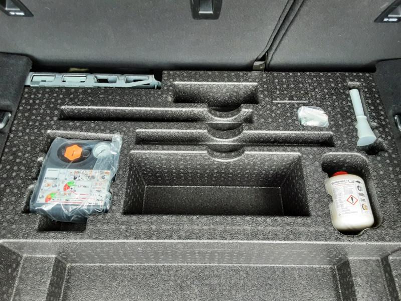 Photo 19 de l'offre de LAND-ROVER RANGE ROVER EVOQUE TD4 180 BVA Business à 27990€ chez Centrale auto marché Périgueux
