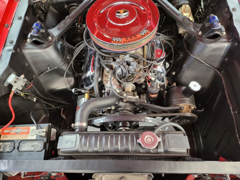 Photo 14 de l'offre de FORD MUSTANG FASTBACK 289 CI V8 à 65000€ chez Centrale auto marché Périgueux
