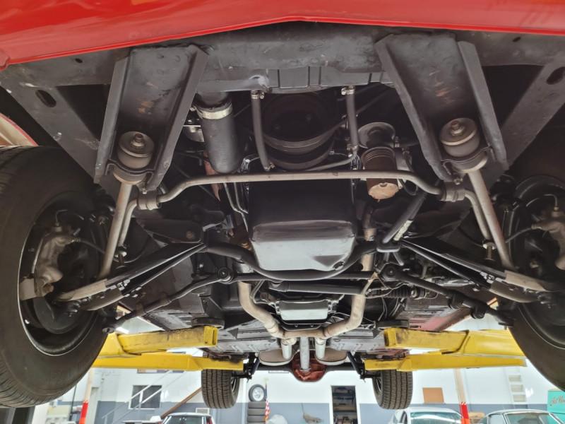 Photo 17 de l'offre de FORD MUSTANG FASTBACK 289 CI V8 à 65000€ chez Centrale auto marché Périgueux