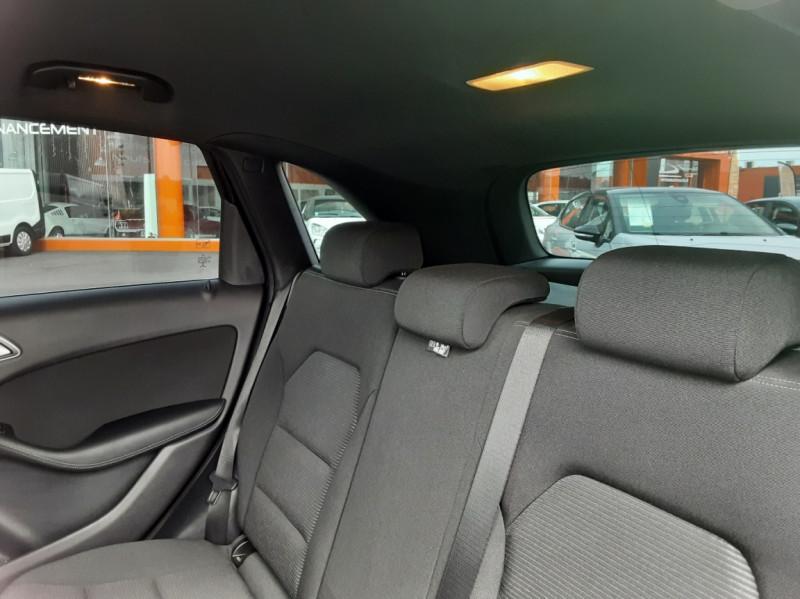 Photo 45 de l'offre de MERCEDES-BENZ CLASSE B 180 d Business à 14990€ chez Centrale auto marché Périgueux
