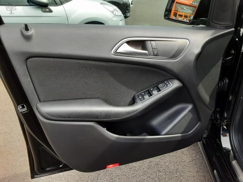 Photo 13 de l'offre de MERCEDES-BENZ CLASSE B 180 d Business à 14990€ chez Centrale auto marché Périgueux