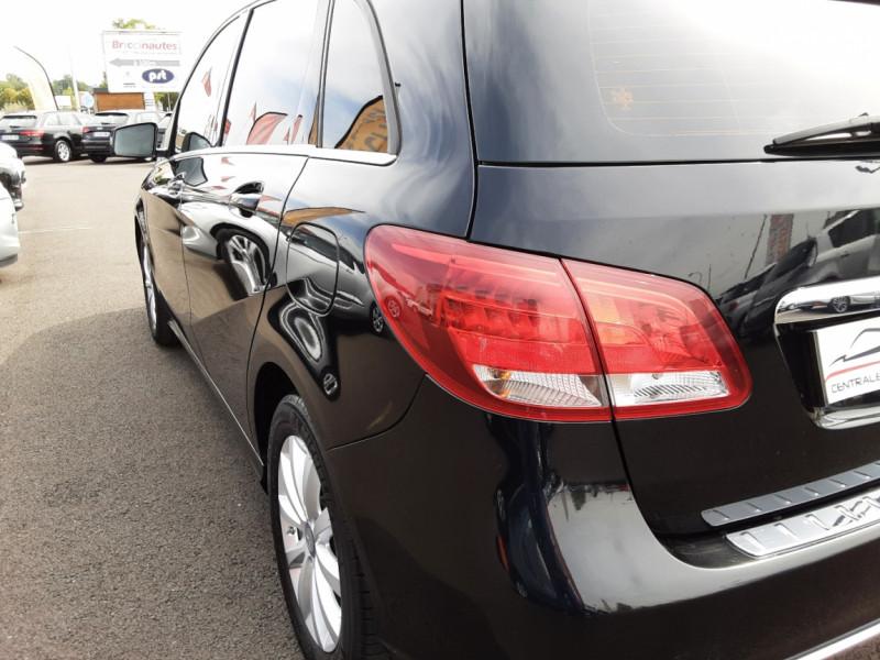 Photo 23 de l'offre de MERCEDES-BENZ CLASSE B 180 d Business à 14990€ chez Centrale auto marché Périgueux