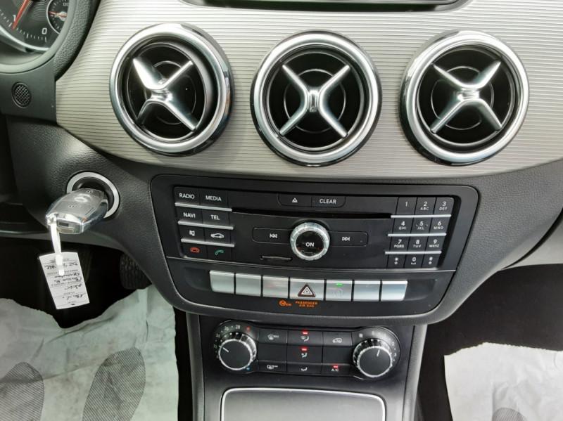 Photo 47 de l'offre de MERCEDES-BENZ CLASSE B 180 d Business à 14990€ chez Centrale auto marché Périgueux