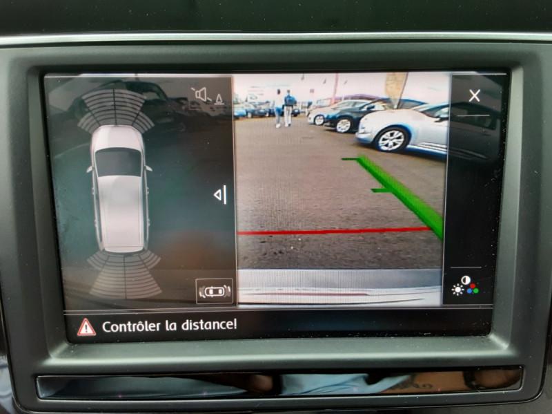 Photo 9 de l'offre de VOLKSWAGEN TOURAN 1.6 TDI 115CH DSG7 Confortline Business 7places à 20490€ chez Centrale auto marché Périgueux