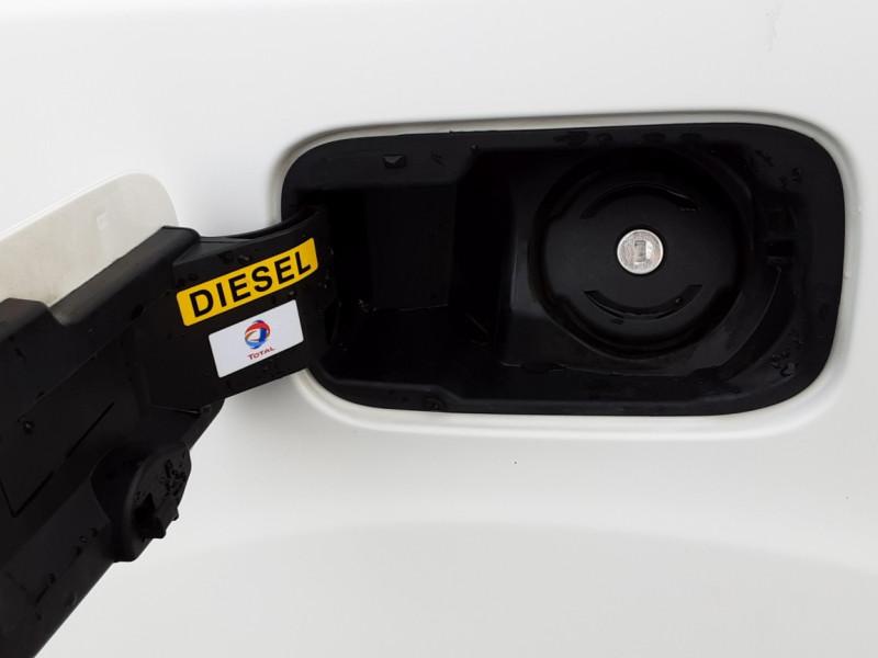 Photo 36 de l'offre de PEUGEOT PARTNER CABINE APPROFONDIE L2 1.6 HDI 90ch 5pl à 12900€ chez Centrale auto marché Périgueux