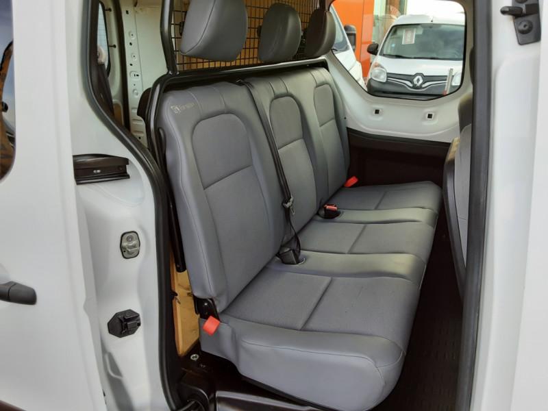 Photo 6 de l'offre de PEUGEOT PARTNER CABINE APPROFONDIE L2 1.6 HDI 90ch 5pl à 12900€ chez Centrale auto marché Périgueux