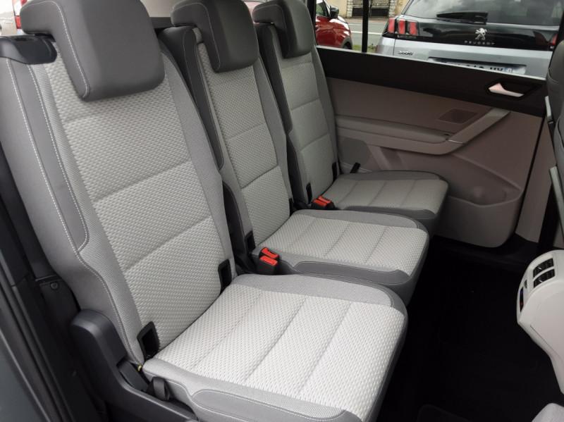 Photo 14 de l'offre de VOLKSWAGEN TOURAN 1.6 TDI 115CH DSG7 Confortline Business 7places à 20490€ chez Centrale auto marché Périgueux