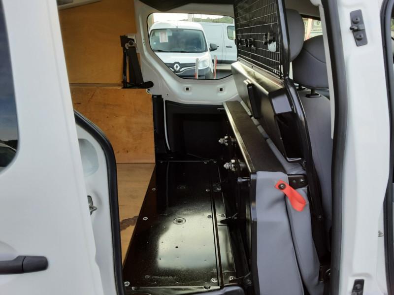 Photo 13 de l'offre de PEUGEOT PARTNER CABINE APPROFONDIE L2 1.6 HDI 90ch 5pl à 12900€ chez Centrale auto marché Périgueux