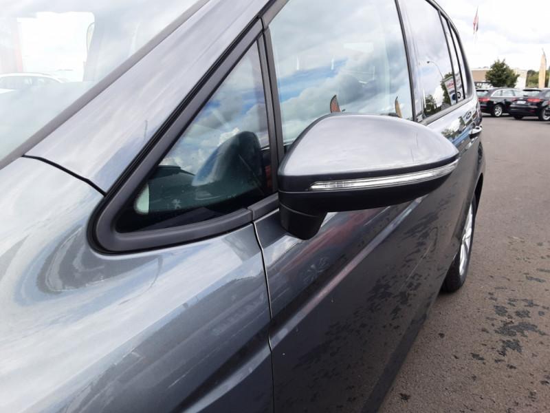 Photo 50 de l'offre de VOLKSWAGEN TOURAN 1.6 TDI 115CH DSG7 Confortline Business 7places à 20490€ chez Centrale auto marché Périgueux