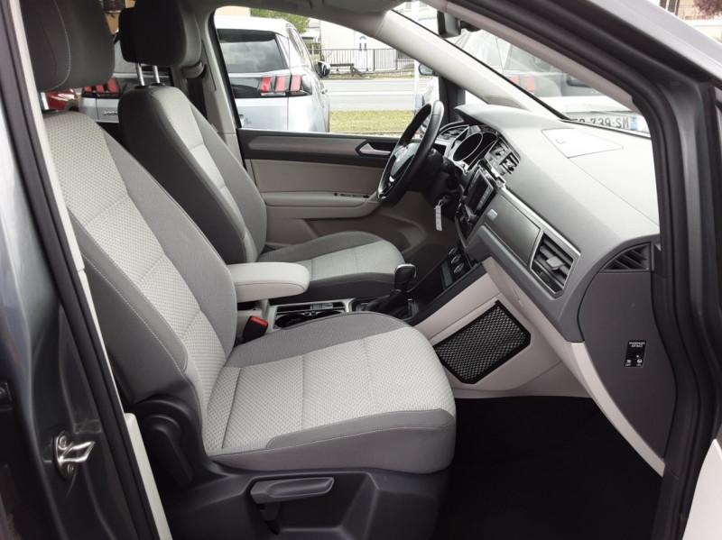 Photo 12 de l'offre de VOLKSWAGEN TOURAN 1.6 TDI 115CH DSG7 Confortline Business 7places à 20490€ chez Centrale auto marché Périgueux