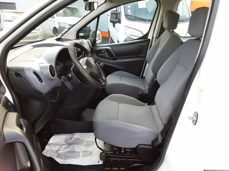 Photo 23 de l'offre de PEUGEOT PARTNER CABINE APPROFONDIE L2 1.6 HDI 90ch 5pl à 12900€ chez Centrale auto marché Périgueux