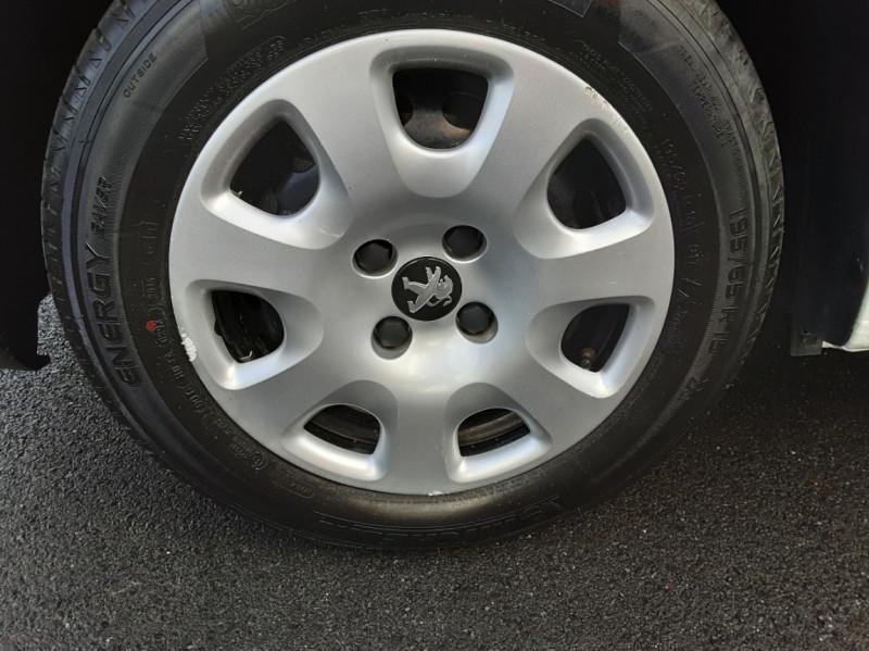 Photo 33 de l'offre de PEUGEOT PARTNER CABINE APPROFONDIE L2 1.6 HDI 90ch 5pl à 12900€ chez Centrale auto marché Périgueux