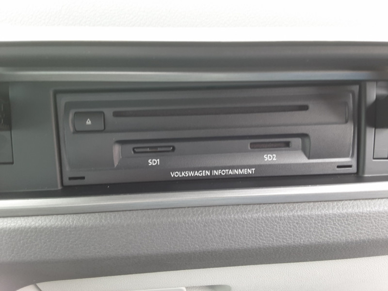 Photo 25 de l'offre de VOLKSWAGEN TOURAN 1.6 TDI 115CH DSG7 Confortline Business 7places à 20490€ chez Centrale auto marché Périgueux