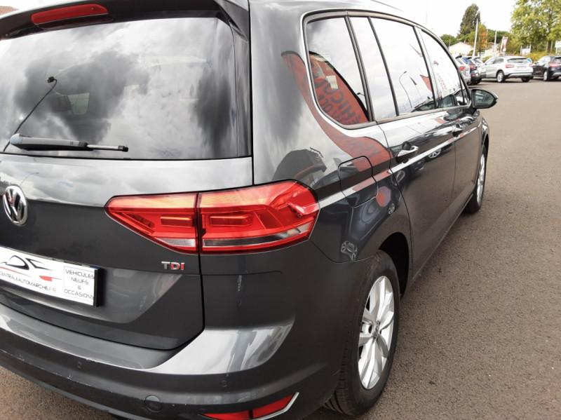 Photo 21 de l'offre de VOLKSWAGEN TOURAN 1.6 TDI 115CH DSG7 Confortline Business 7places à 20490€ chez Centrale auto marché Périgueux