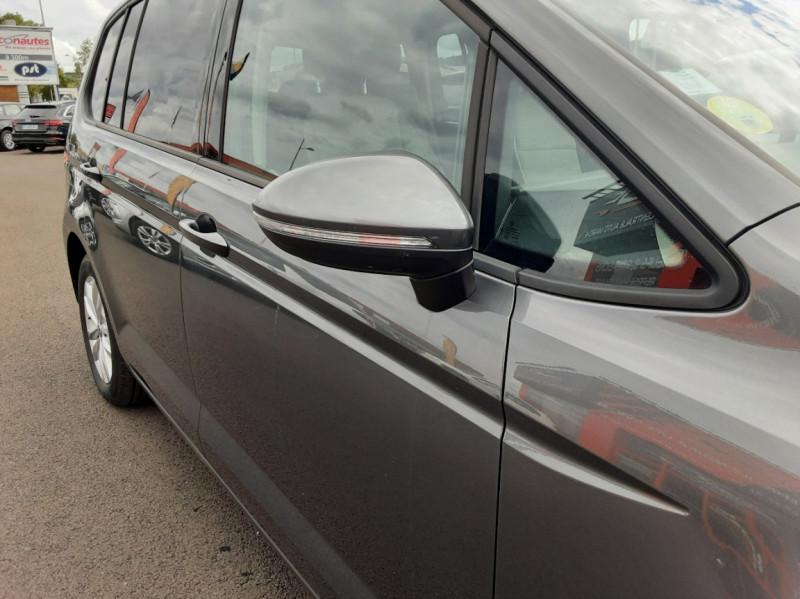 Photo 33 de l'offre de VOLKSWAGEN TOURAN 1.6 TDI 115CH DSG7 Confortline Business 7places à 20490€ chez Centrale auto marché Périgueux