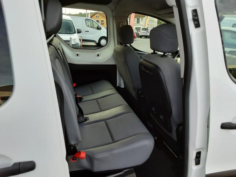 Photo 17 de l'offre de PEUGEOT PARTNER CABINE APPROFONDIE L2 1.6 HDI 90ch 5pl à 12900€ chez Centrale auto marché Périgueux
