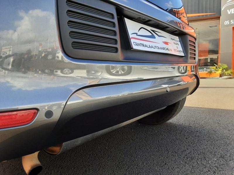 Photo 27 de l'offre de RENAULT TWINGO III 0.9 TCe 90 Energy Zen  à 8990€ chez Centrale auto marché Périgueux