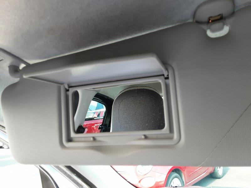 Photo 50 de l'offre de RENAULT TWINGO III 0.9 TCe 90 Energy Zen  à 8990€ chez Centrale auto marché Périgueux