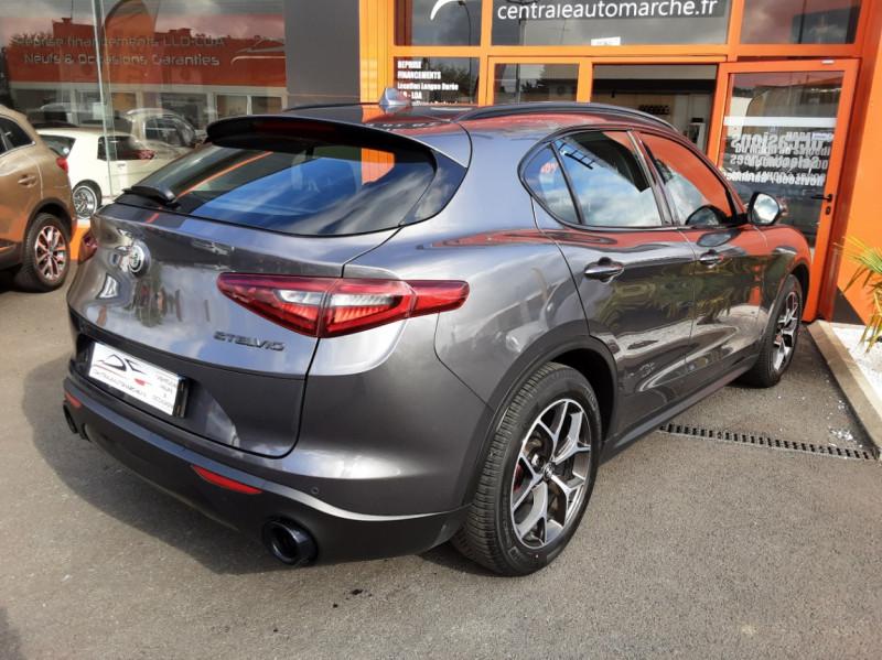 Photo 2 de l'offre de ALFA ROMEO STELVIO 2.2 190 ch AT8 Super  à 32900€ chez Centrale auto marché Périgueux