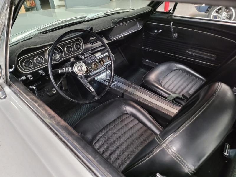 Photo 12 de l'offre de FORD MUSTANG COUPE 289 CI V8 GRIS à 33000€ chez Centrale auto marché Périgueux