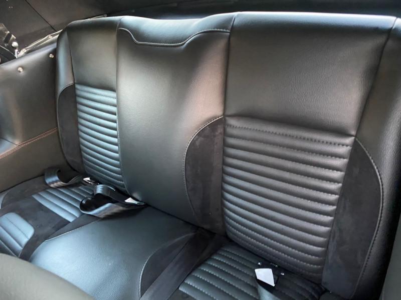Photo 14 de l'offre de FORD MUSTANG CABRIOLET 289 CI V8 à 58000€ chez Centrale auto marché Périgueux